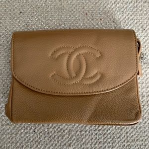 Chanel wallet/change purse/makeup bag